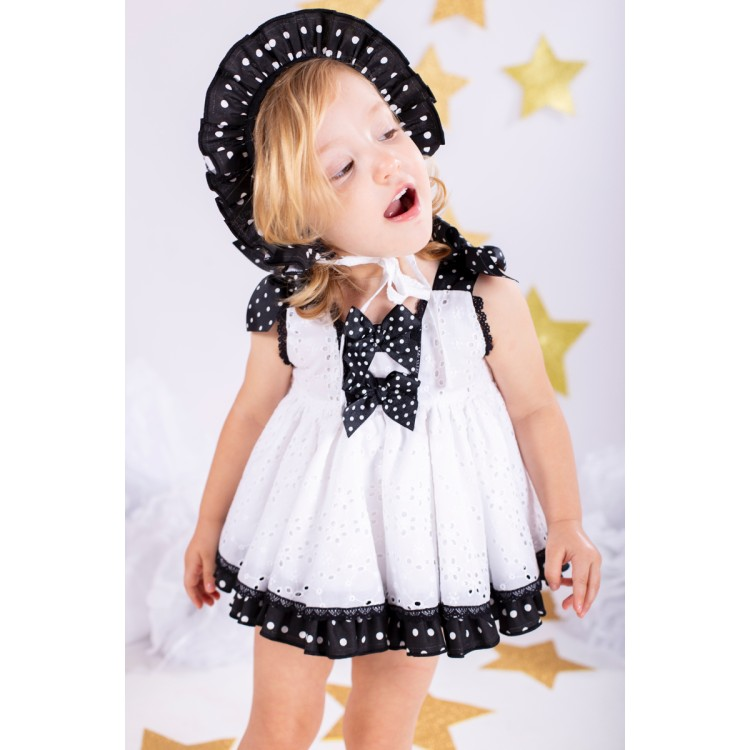 Nini SS20. White and black baby dress and pants